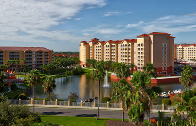 Westgate Town Center Resort & Spa - Beautiful Resort with Water Park!