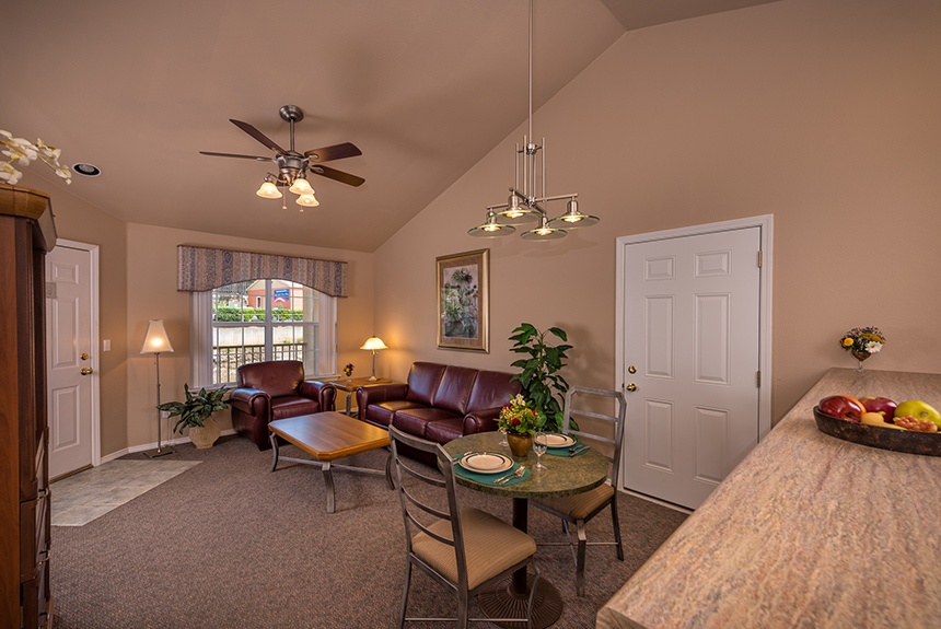 Westgate-Branson-Lakes-Living-Room