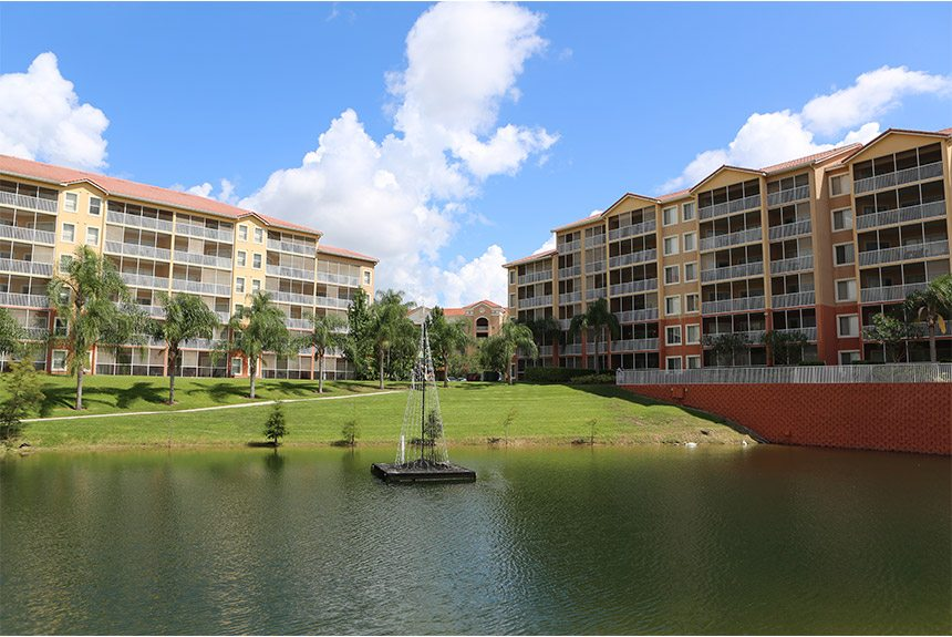 Westgate-Vacationa Villas Pond