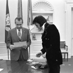 5364-08:  President Nixon meets with entertainer Elvis Presley