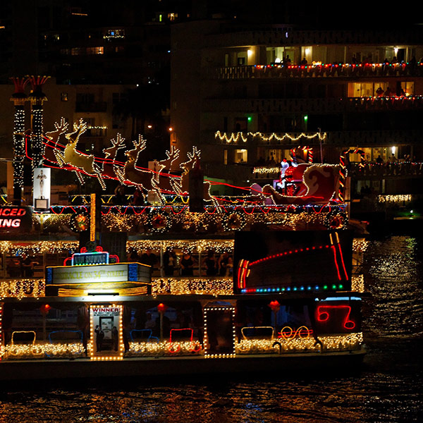 Intracoastal Christmas Regatta Boat Parade | Westgate Reservations