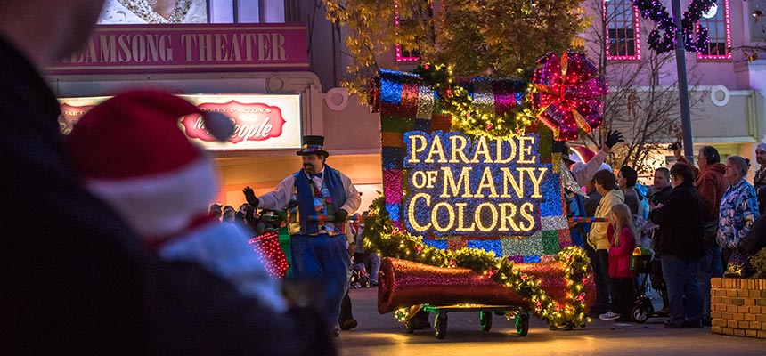 Christmas at Dollywood | Parade of Many Colors