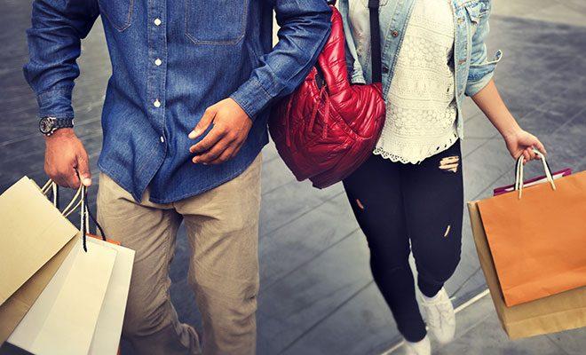 Couple shopping at Disney Springs in Orlando