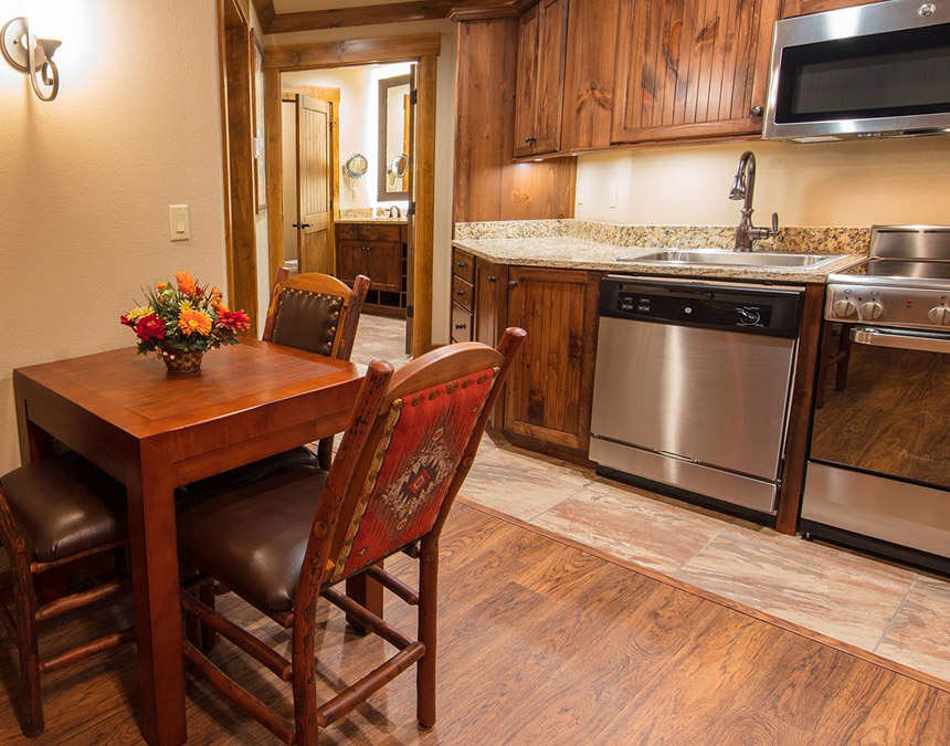 westgate-smoky-mountain-one-bedroom-accessible-kitchen