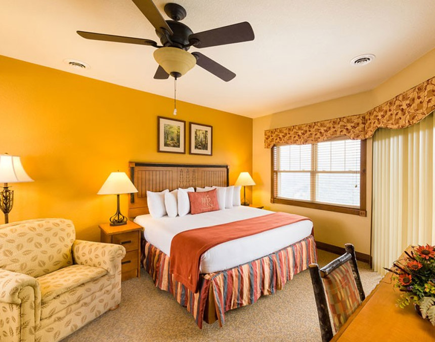 westgate-smoky-mountain-one-bedroom-deluxe-accessible-bedroom
