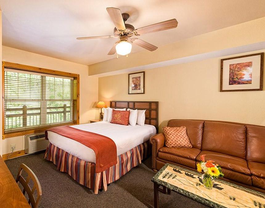 westgate smoky mountain studio villa accessible bedroom