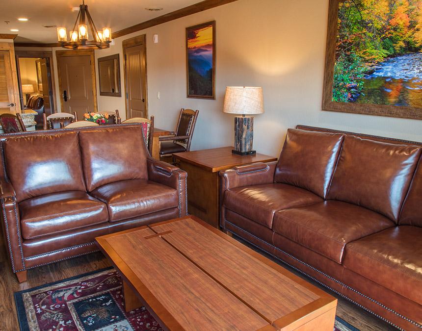 westgate smoky mountain two bedroom livingroom.jpg