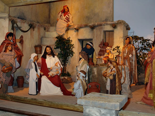 Christ in the Smokies Museum & Gardens | Things to Do in Gatlinburg | Gatlinburg Do List