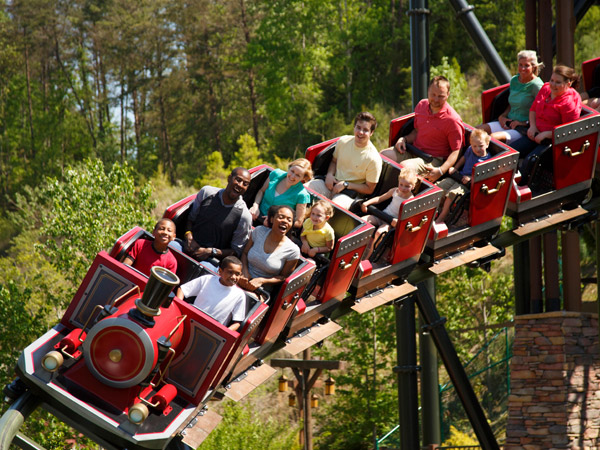 Dollywood |Things to Do in Gatlinburg | Gatlinburg Do List