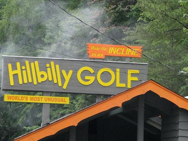 Hillbilly Golf | Cosas que hacer en Gatlinburg | Lista de Cosas para Hacer en Gatlinburg