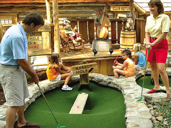 Ripley's Davy Crockett Mini-Golf | Things to Do in Gatlinburg | Gatlinburg Do List