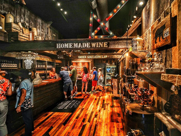 Tennessee Homemade Wines | Things to Do in Gatlinburg | Gatlinburg Do List
