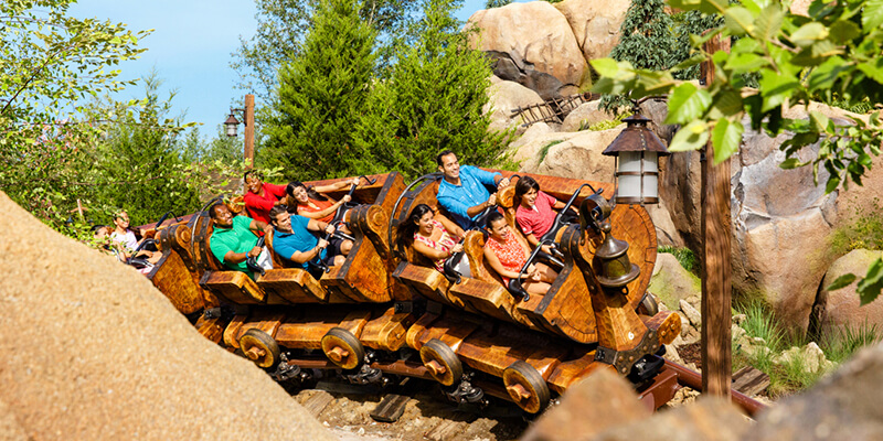Magic Kingdom - Atracción Big Thunder Mountain Railroad