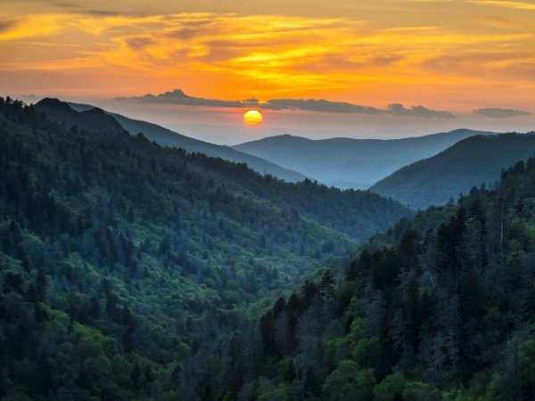 things to do in Gatlinburg for couples - Great Smoky Mountains National Park