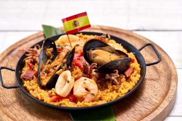 Universal Orlando Mardi Gras Spain Dish